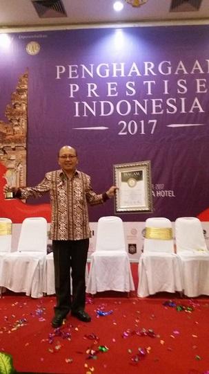 SMA Kristen 2 Binsus Tomohon Peroleh  Anugerah Karya Pendidikan Indonesia  2017